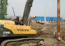 CAT345 Excavator Mounted Piling Equipment for 8m Concrete Piles Driving Project